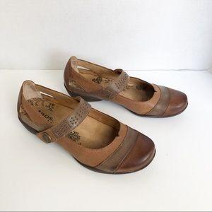 Taos serenade brown leather maryjane shoes
